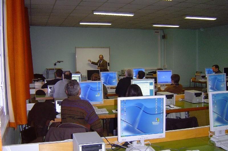 """Université Paris 2 à Melun, entrée principale """"Reine Blanche""""."""